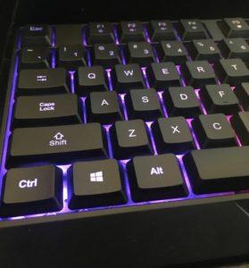Test du clavier de jeu sans fil Klim Chroma
