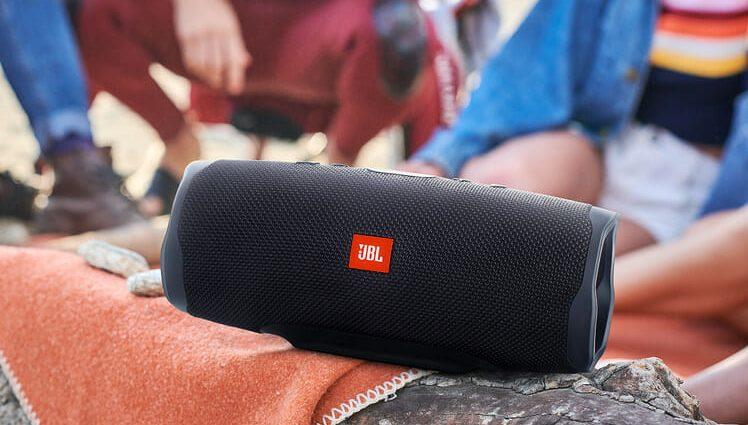 Avis JBL Charge 4 : mises à jour mineures d'un haut-parleur bluetooth déjà excellent